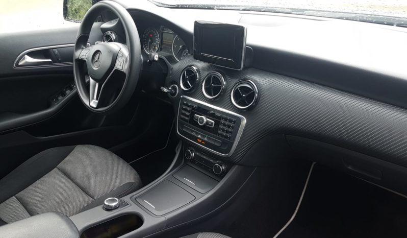 Mercedes-Benz GLA 180 CDI Automatic Business completo